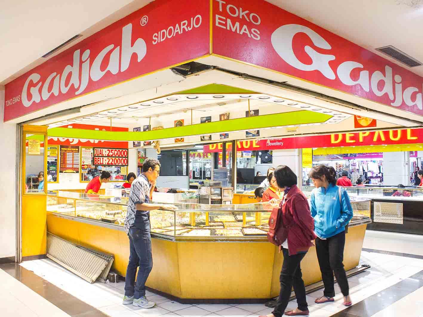 Mall Dtc Wonokromo Toko Emas Gadjah Darmotradecenter