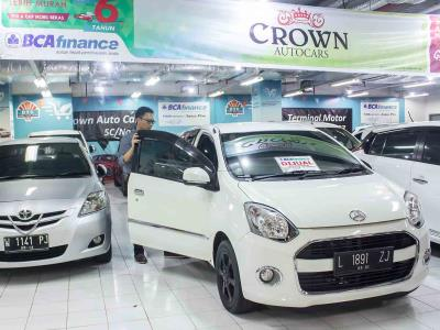 Crown Auto Cars