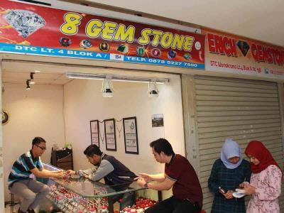 8 gem stone 10021347787